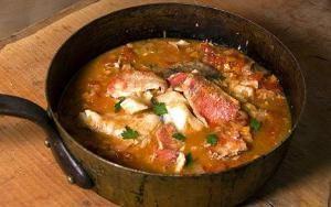 zuppa-di-pesce-napoletana1